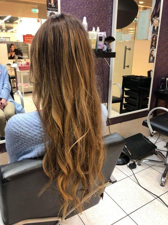 Salon Fryzjersko Kosmetyczny Piękny Brzeg Kosmetyczka Fryzjer