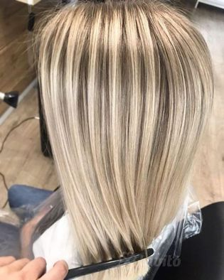 Koloryzacja i farbowanie włosów Warszawa