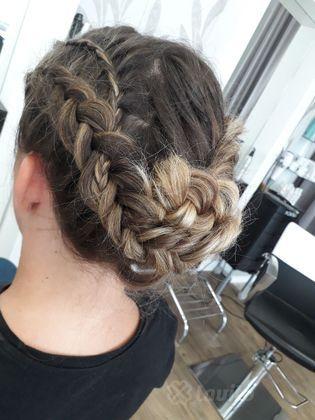 Modelowanie i czesanie włosów Konin