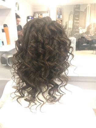 Modelowanie i czesanie włosów Katowice